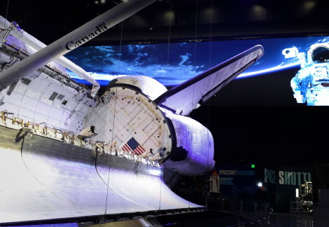 delta_led_display_space_shuttle