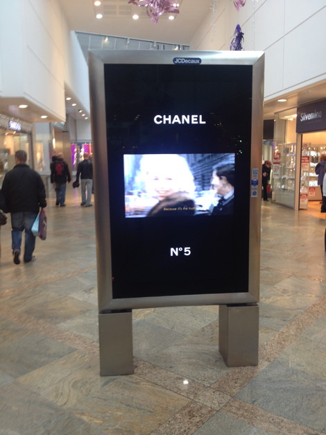 JCDecaux 6 Sheet Chanel Reading Oracle