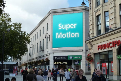 blowUP mediaCardiff Super Motion-5[10]