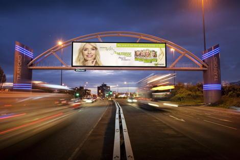 JCDecaux The Trafford Arch