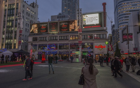 Revlon Dominates Dundas Square in Toronto