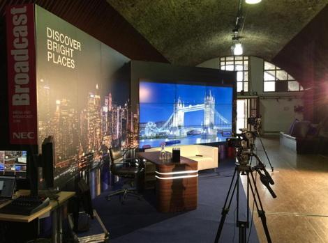 Broadcast Set