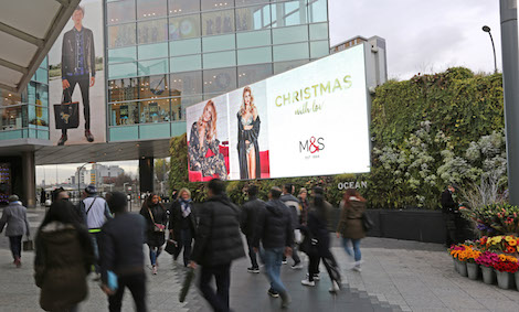 6c9febbba DailyDOOH » Blog Archive » It's True – Men Really ARE Last Minute ...