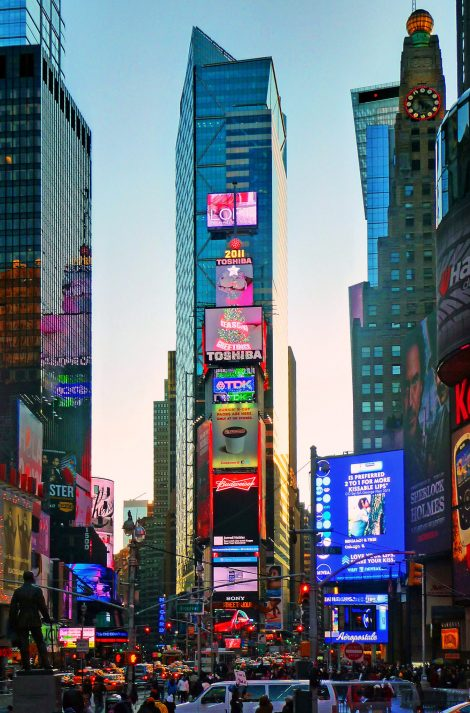 New Digital Opportunity at One Times Square « DailyDOOH